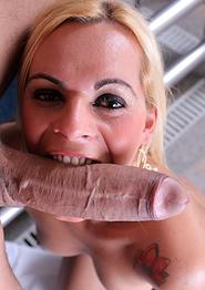 Sexy Tgirl Thays Schiavinato's Pool Fuck